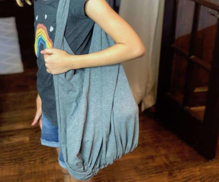 How to Make a No-Sew T-Shirt Bag