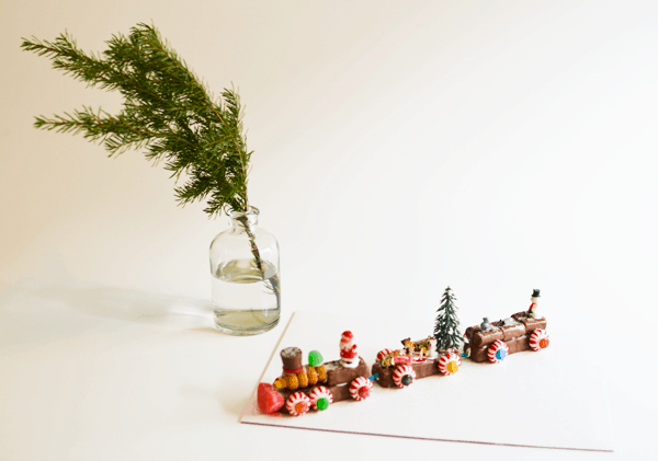 Christmas Candy Train Craft to Make This Year